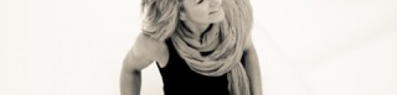 Lorna MacLachlan, jazz piano and voice